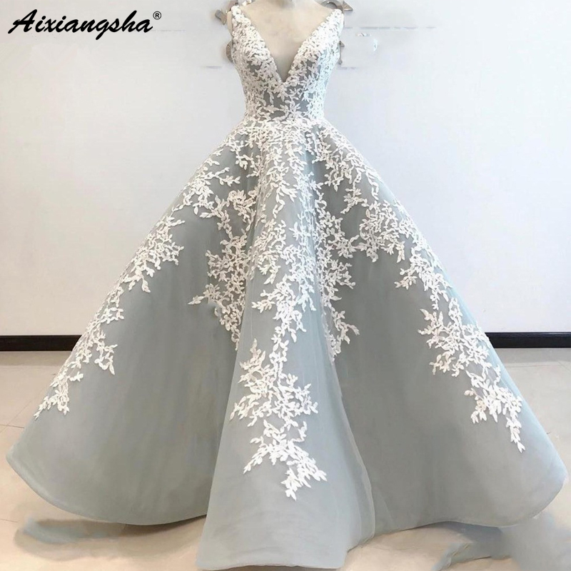Silver Muslim   Evening     Dresses   2018 Ball Gown V-neck Tulle Appliques Islamic Dubai Saudi Arabic Long   Evening   Gown Lace Prom   Dress
