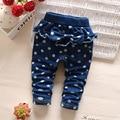 2016 nuevo bebé caliente de los pantalones vaqueros de la moda de las muchachas muchachos Dot de los deportes de primavera otoño niños pantalón jean 0-3age