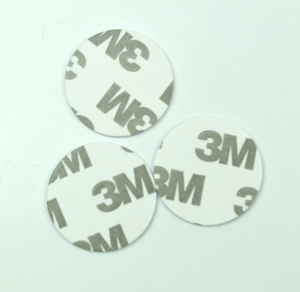 1000 pièces 125 KHZ TK4100 EM4100 RFID Carte D'IDENTITÉ Avec Adhésif 3m Autocollant Lecture Seule Diamètre 25mm pour le Contrôle D'accès