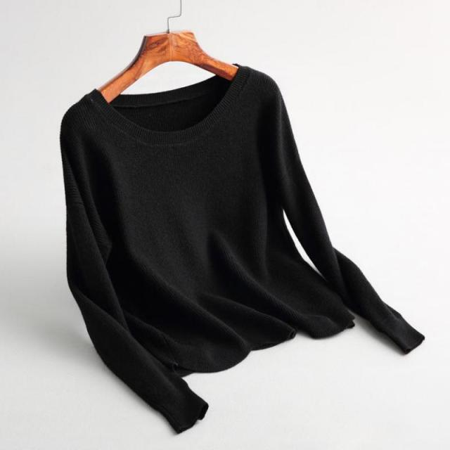Classic casual long sleeved round neck collar solid color knitted ...