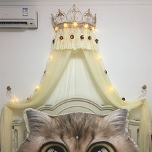 Золотой белая корона стеллаж для выставки товаров, и Шторы полка дисплея продается в комплекте с крючками