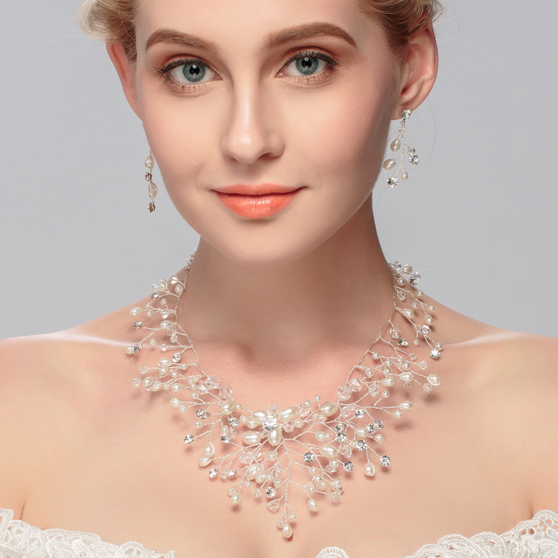 2016 Bridal Necklace And Earrings Set Sprkling Rhinestone Glass Crystal Fake Pearl Handmade Wedding Jewelry Set Parting Gifts a suit of retro fake gem rhinestone leaf tassel necklace and earrings for women