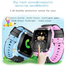 Pantalla Táctil a Color de 1.44 Pulgadas LBS Posicionamiento Teléfono Niños Smartwatch Llamada SOS Localizador Perdido Anti Niños Reloj Inteligente O2