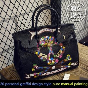 2016High Quality Famous Brands Women Bag PU Leather Handbags Tote Bags Golden Lock Big handwriting cartoon Skull Package 35 CM