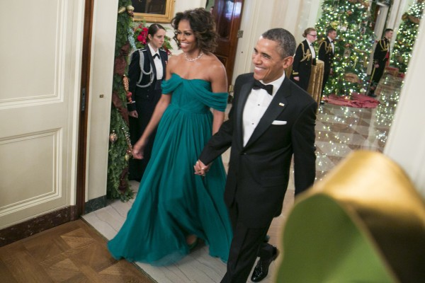 MICHELLE OBAMA Green Chiffon Celebrity Evening Dresses A Line Pleated Red Carpet Off the Shoulder Unique Designs Full Length