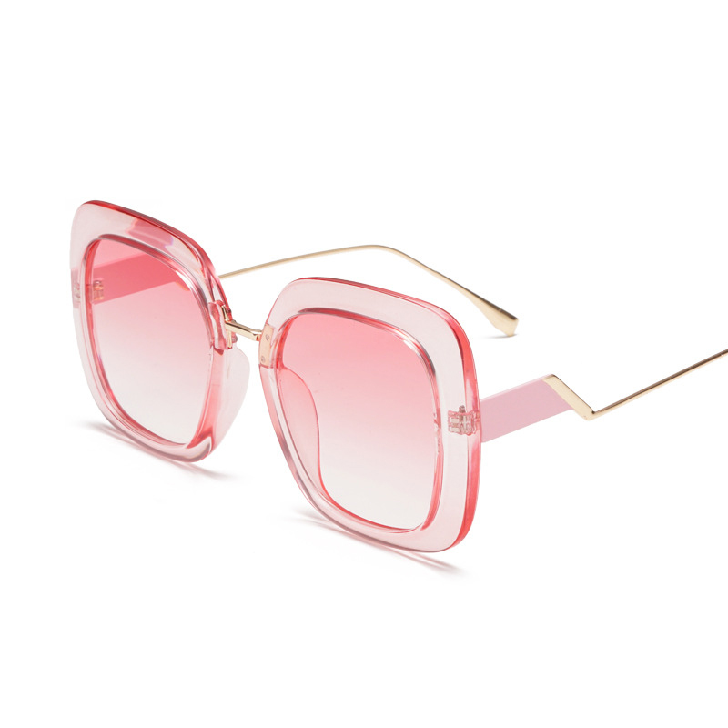aee7ade240 mimiyou 2018 New Brand Square Sunglasses Women Oversized Luxury Vintage  Fashion Eyeglasses Lady Sun Glasses Shades oculos-in Sunglasses from  Apparel ...