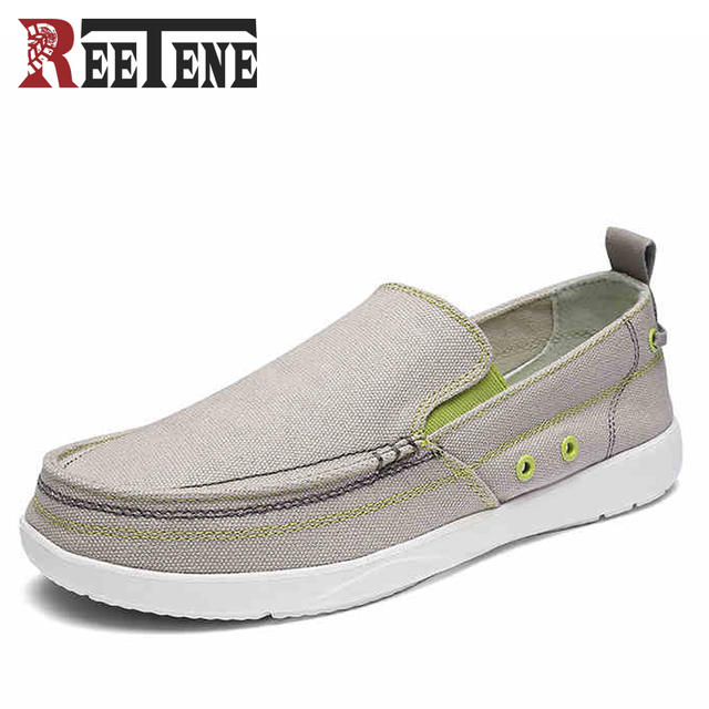 Canvas Shoes Men Ultralight Breathable Comfortable Loafers Lazy Driving Shoes