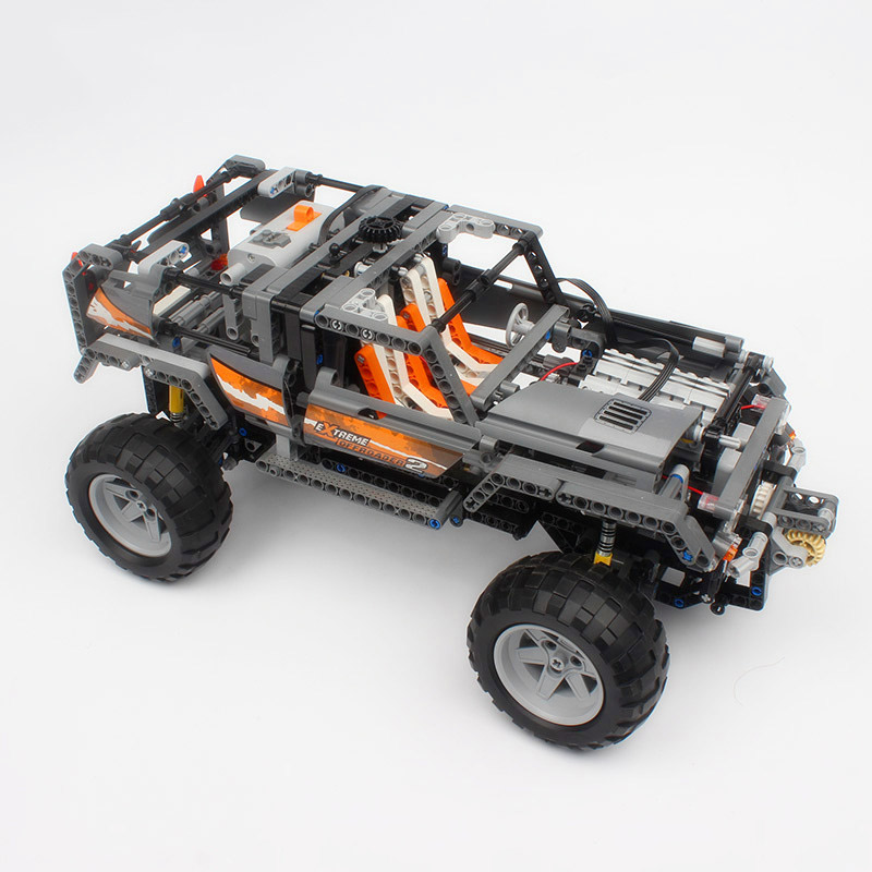 1132Pcs Technic Ultimate Series The Off-Roader Set Children Building Blocks Bricks Toys Compatible With Legoings Technic 8297 1132pcs legoing technic ultimate series the off roader sets children educational building blocks bricks toys for children gifts