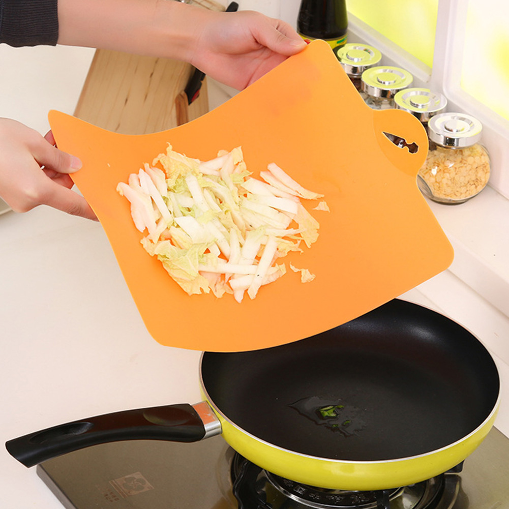 39*25cm Fruit Chopping Board Chopping Block PP Plastic Cutting Board Cutting Board Antibiotic Kitchen Utensils