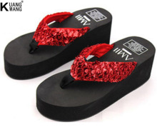 Super affordable female flip-flops  Sequins slope with heavy-bottomed slippers  Beach flip-flops slip