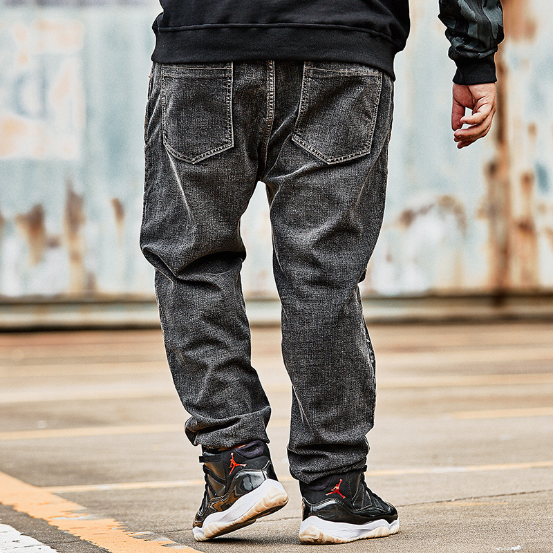 2018 nouveau hommes grande taille Plus velours épais Denim pantalon brodé noir gris lâche sauvage jeans Plus taille XL-6XL 7XL