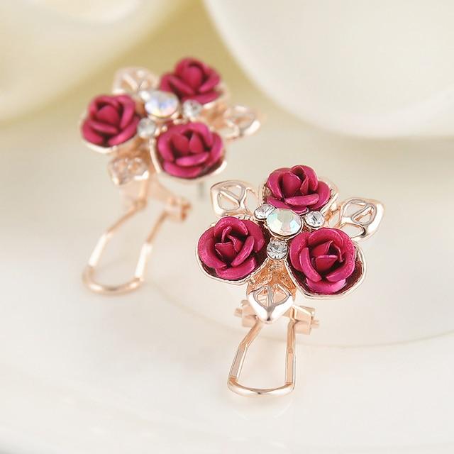 Precioso Rhinestone Hojas de Oro Rosa Roja Aretes de Cristal para Las Mujeres Joyería Declaración Accesorios Para Niñas Envío gratis