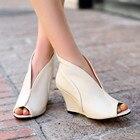 Fashion women leathe...