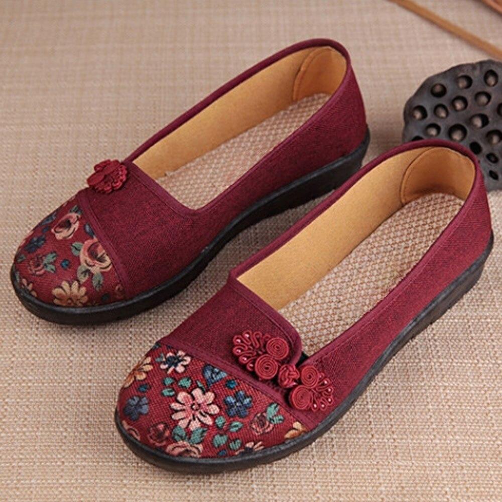 Women Shallow Broken Flower Round Toe Anti Skidding Cloth Shoes Casual Shoes 2018 New women casual flat shoes woman terlik 12