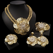 Yulaili Pageantry 장식 패턴 패션 디자인 두바이 쥬얼리 세트 큰 꽃 모양의 펜던트 목걸이 귀걸이 Bracelent Ring