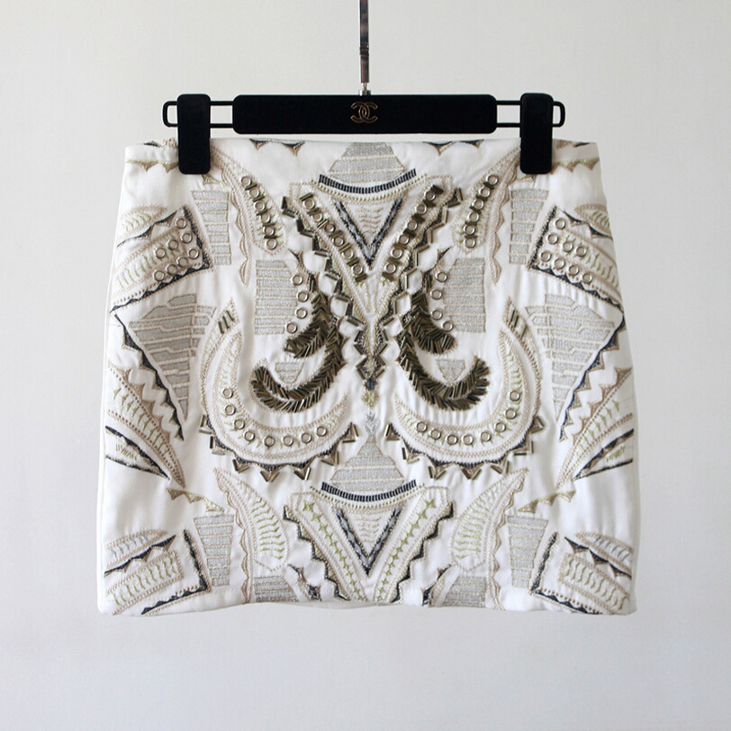 New Ladies Glitter Bodycon Mini Embroidery Skirt Metal Sequin Skirt Women White Sexy Short Skirts 2Colors
