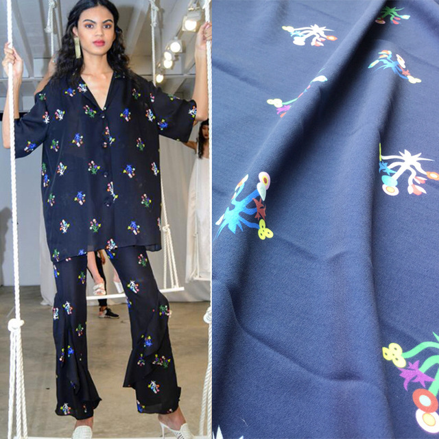 2018 new small floral advanced digital printing spring and summer women's fashion fabric factory custom sales