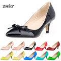 Mulheres Sexy Baixo Meados Saltos Gatinho Sapatos Patente PU de Couro sapatos de Trabalho Dedo Apontado Bombas Com Bowknot Tamanho 35-42