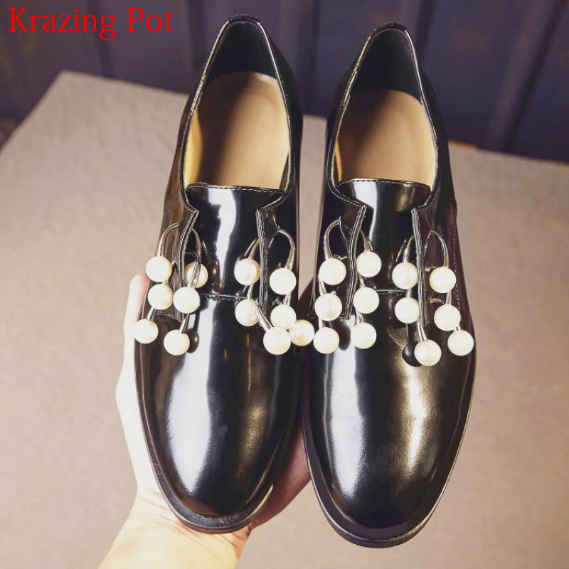 2018 Fashion Brand Spring Shoe Superstar Women Pumps Metal Pearl Round Toe Runway Model Show Lazy Elegant Sweet Casual Shoes L43 gunsafe bs924 l43
