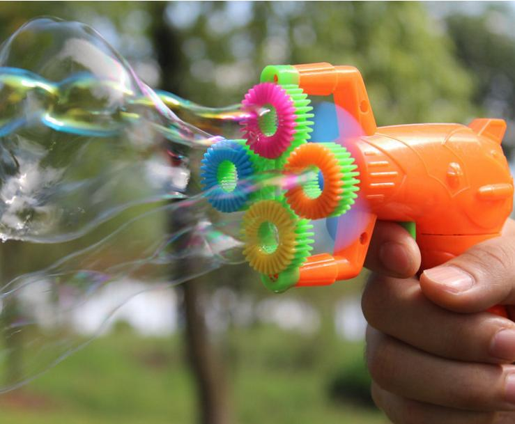 129cm-Electric-Soap-Bubble-Gun-No-liquild-5-battery-power-Automatic-Bubble-Water-blowing-machine-kids-holiday-water-gun-d22-2