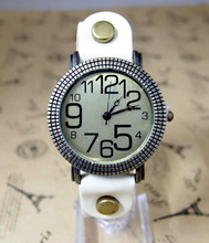 New arrival Punk Type cow leather-based strap watch girls girls Prime quality gown quartz wrist watch P-Four