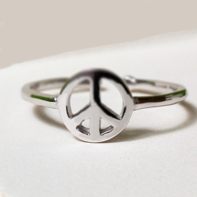 Simple Fashion Ring Ring Europe And The United States Hot Style