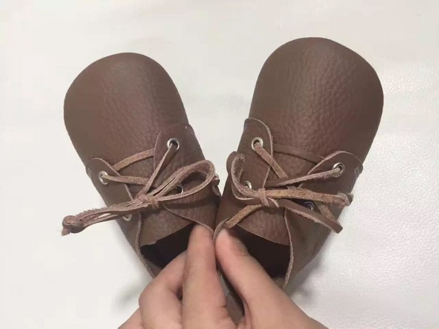 New high quality Genuine Leather Baby Moccasins Shoes Hard rubber sole solid lace up Baby girls boys Shoes handmade first walker
