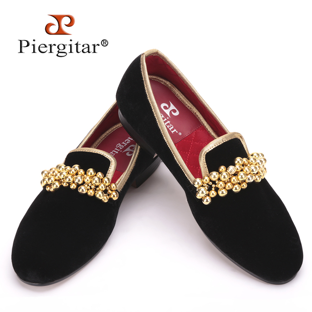 Piergitar New Style Beading Decoration Handmade Men Velvet Shoes Prom and Banquet Men Loafers Smoking Slipper Size US 4-17