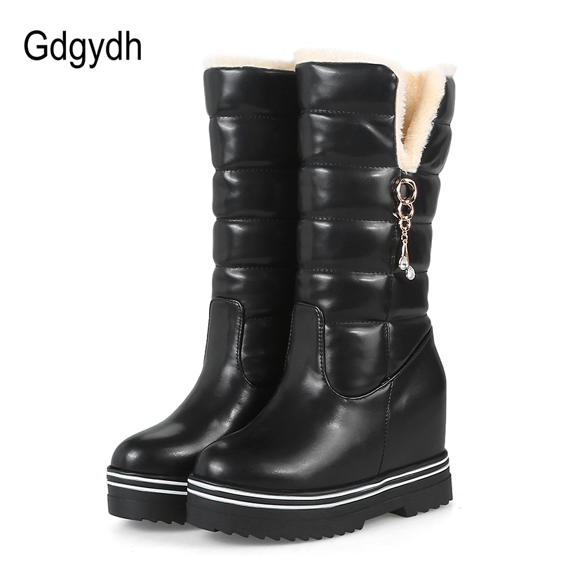 Gdgydh Women Snow Boots Platform 2017 New Arrival Fashion Rhinestone Plush Winter Shoes Woman Warm Wedges Boots Plus Size 43