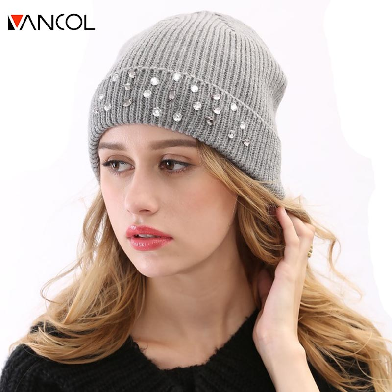 3 Color Pink Red Gray Winter Crystal Wool Bonnet Skullies Christmas Womens Beanie Diamond Supply Thick Tocas Hand Knitted Hat skullies