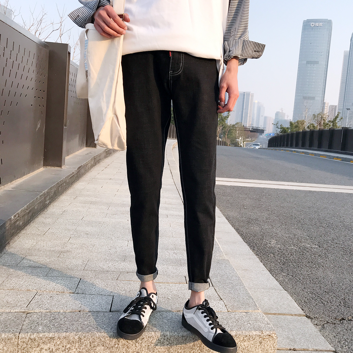 2018 Mens Newest Fashion Straight High Elasticity Feet Pants Slim Fit Loose Casual Blue/black Color Jeans Trousers Size 28-34