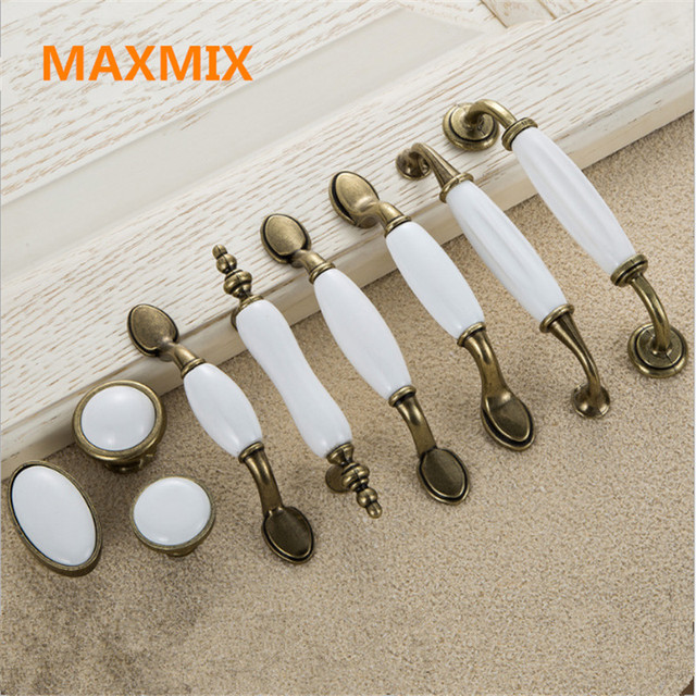 Us 1 57 5 Off Maxmix 1pcs White Ceramic Door Handles European Antique Furniture Drawer Pulls Kitchen Cabinet S And In