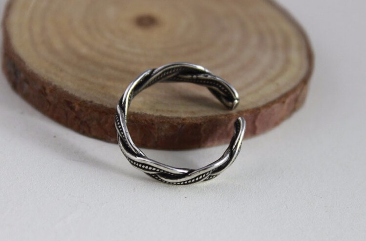 Fashion retro style Thai silver 925 sterling silver ladies finger rings jewelry birthday gift drop shipping women open ring in Rings from Jewelry Accessories