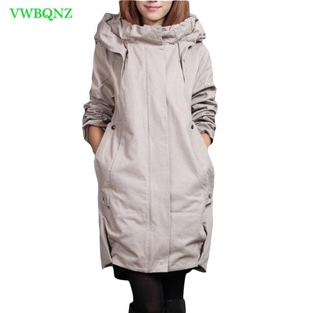 Look avec manteau gris clair