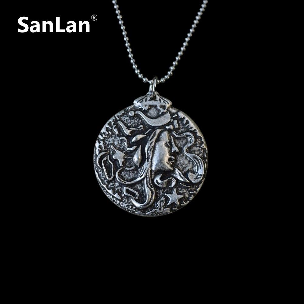 Medusa Wood Cameo Necklace Gorgon Head Snake Serpent Charme With Chain Greek Mythology Jewelry Art