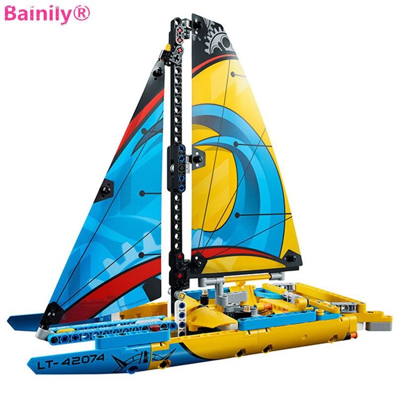 [Bainily] 369pcs New Racing Sailboat  Building Block Bricks Compatible With LegoINGly Technic Educational Toys Gift For Children 2017 new summer 369 digital