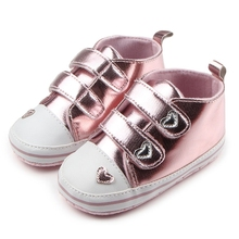 Spring Boys Newborn Baby Girls Classic Heart-shaped Bebe PU Leather First Walkers