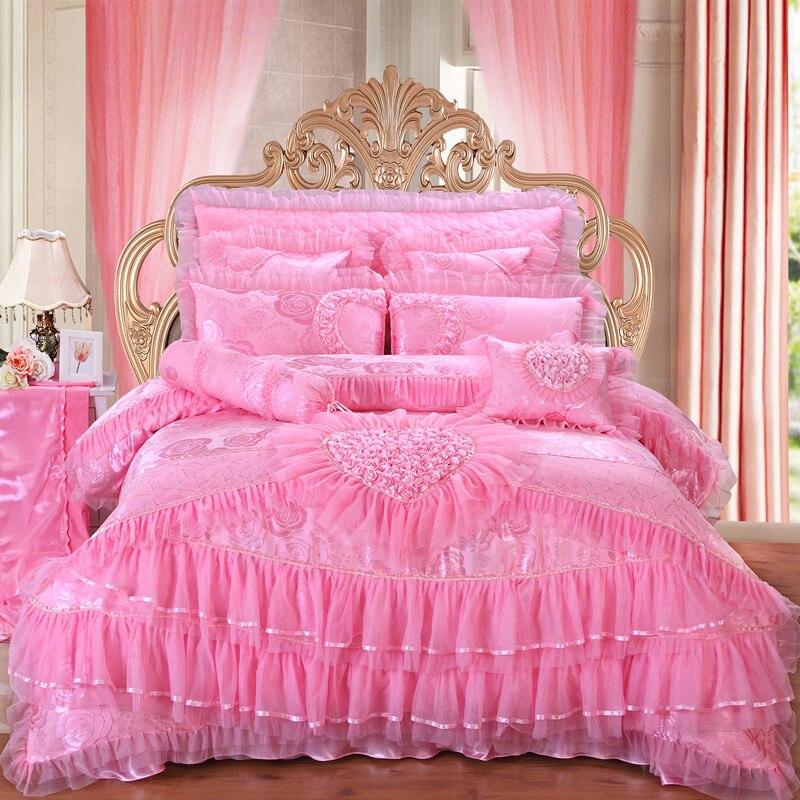 Luxury wedding bedding set 4/6/9pcs silk cotton Jacquard duvet cover red pink lace bedlinen bedspreadLuxury wedding bedding set 4/6/9pcs silk cotton Jacquard duvet cover red pink lace bedlinen bedspread