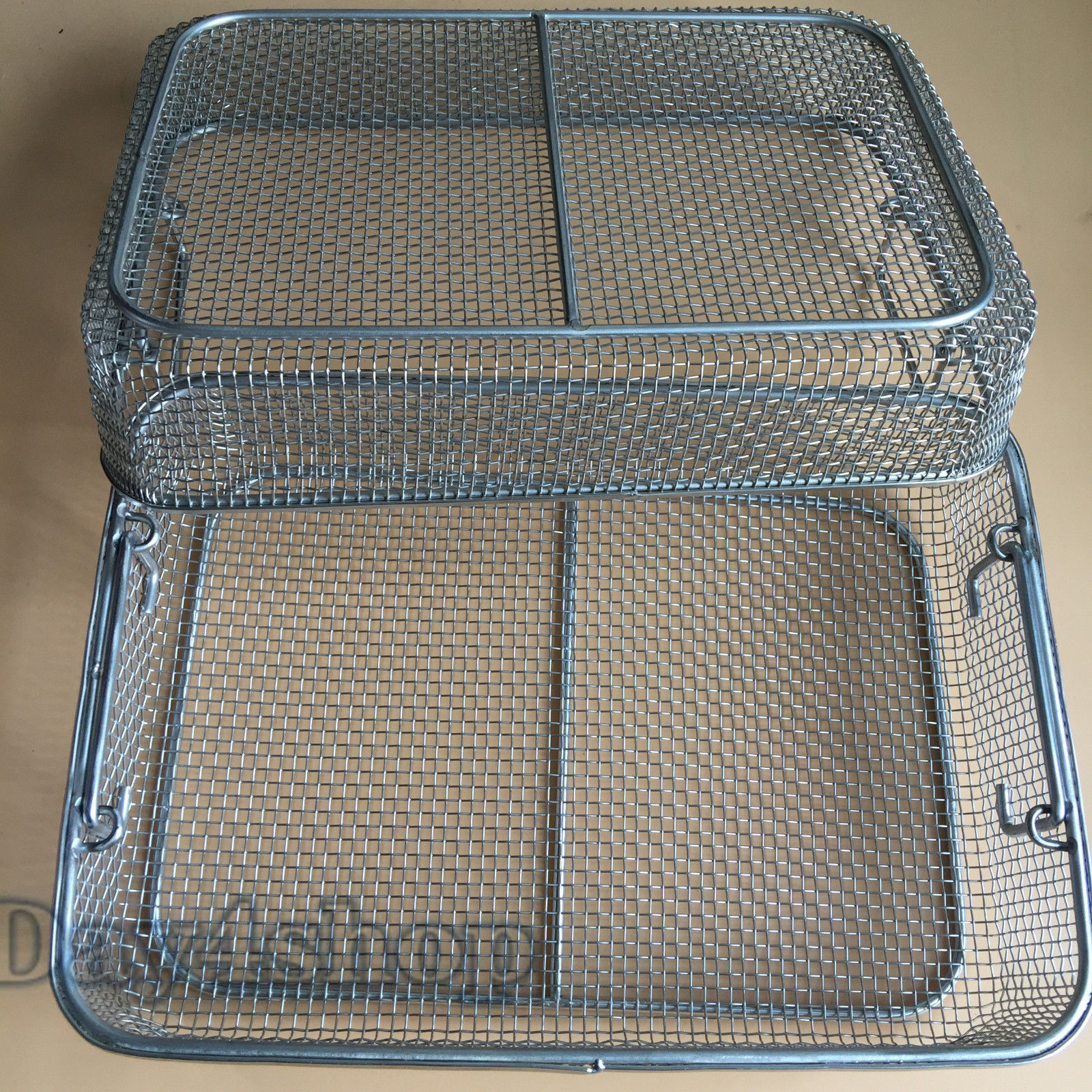 New 2pcs Stainless steel sterilization tray case box surgical instrumentNew 2pcs Stainless steel sterilization tray case box surgical instrument