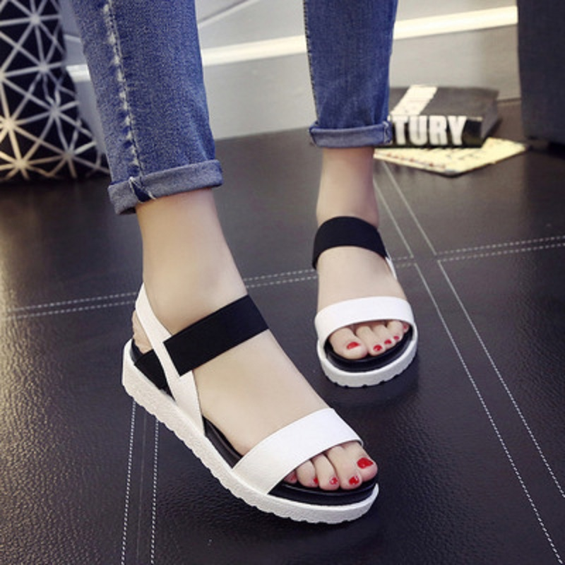 2019 new fashion wild sandals summer simple and comfortable thick-soled open toe womens tide shoes