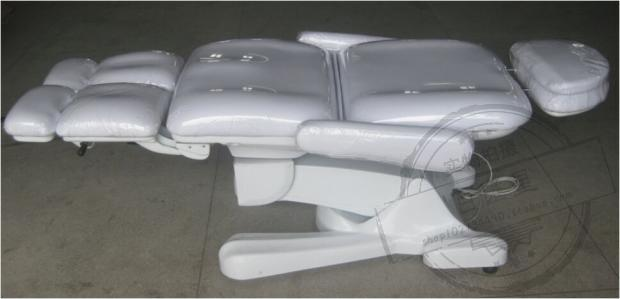 Electric massage beauty bed. Minimally invasive surgery medical bed. Injections. Beauty salon's bed