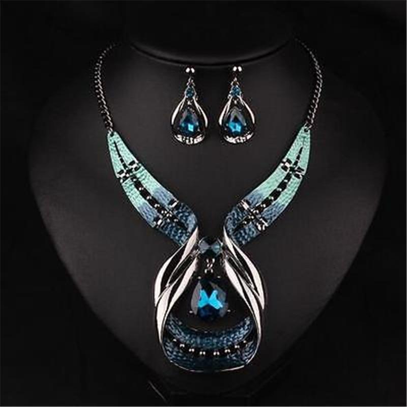 Lady Fine Jewelry Pendant Chain Crystal Choker Chunky Bib Statement Necklace