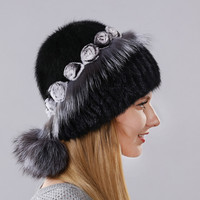 Women's Warm Winter Hat Imported Mink With The Little Flowers Made Of Rabbit Fur Surround The Cap And Fox Fur And Balls Lower