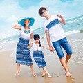 Семья соответствующие одежда новый летний стиль мать дочь соответствующие платья семья посмотрите отец и сын полосатой футболке