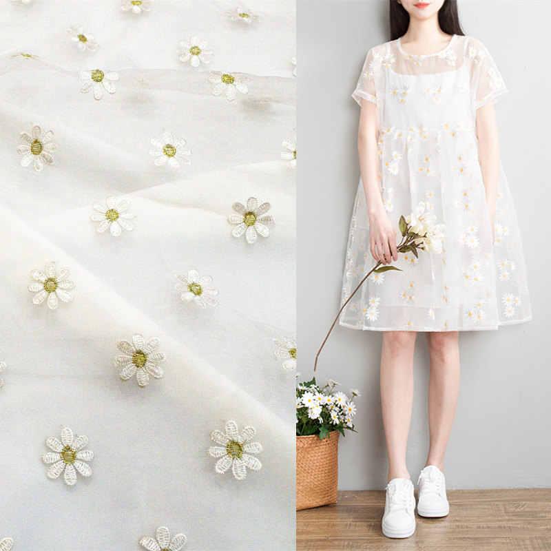 c28dc5d80b4edf0 Оптовая продажа 150*100 см белый ткань органза с солнцем Цветочная вышивка  мода свадебное платье