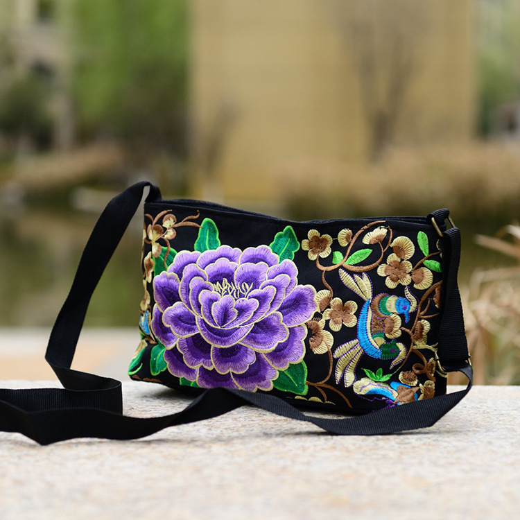 Women Handbag National Ethnic Embroidery Bags New Women's One Shoudler Bag Vintage Double Side Embroidered Messenger Small Bags 2