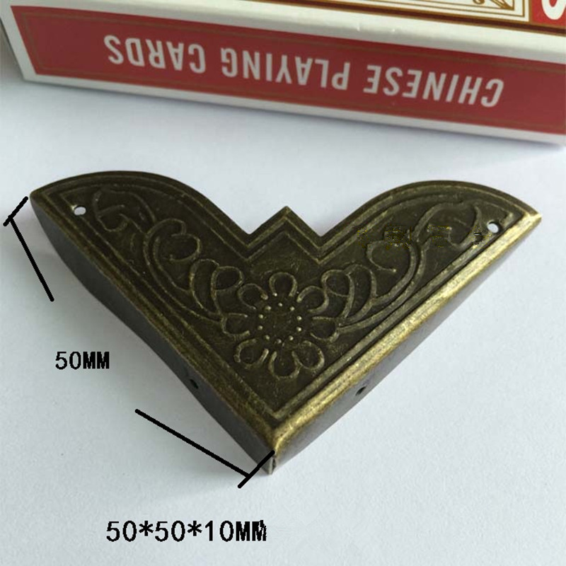 Bronze Triangle Corner ,Wooden Box Corners,Furniture Protector,Decor For Wooden Box,Pattern Carved Protectors,Vintage style,50mm