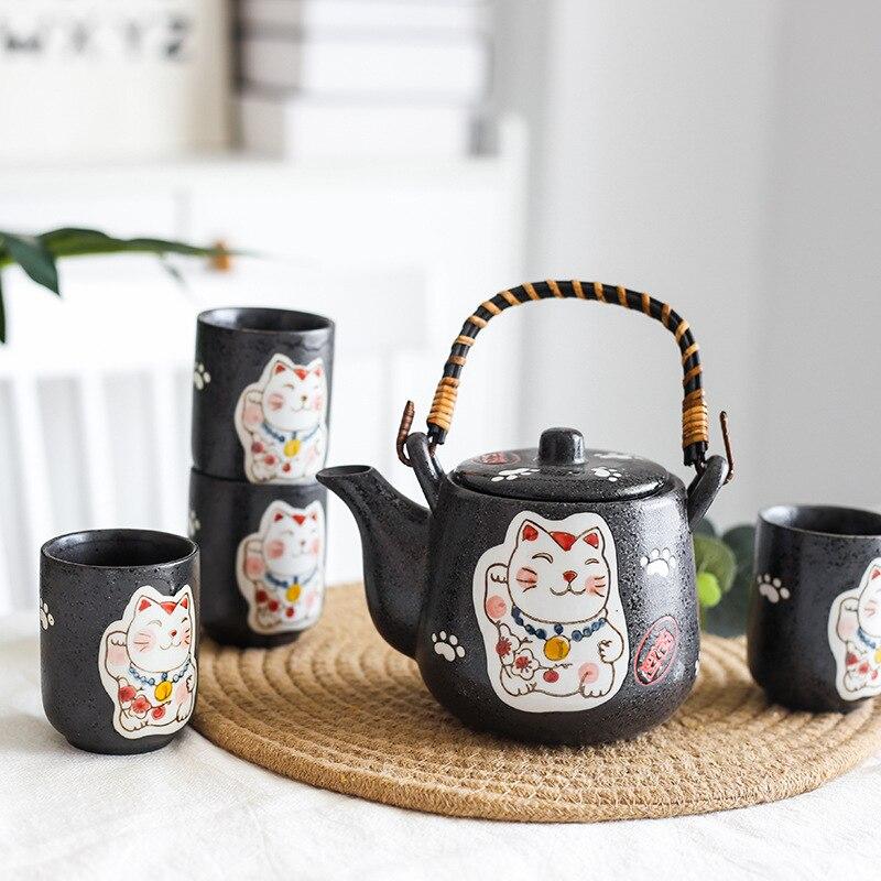 Set of Japanese Ceramic Cute Cat Tea Pot Tea Cup Water Cup Maneki Neko Design Porcelain