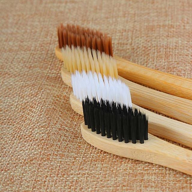 1 PC cepillo de dientes de carbón de bambú Personal para la salud bucal bajo carbono medio suave cerdas mango de madera cepillo de dientes