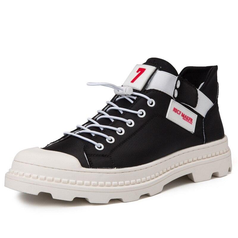 2018 nouveau résistant à l'usure décontracté chaussures pour hommes mode tendance rétro plat chaussures personnalité Martin chaussures hommes.